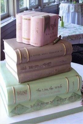 Tarta hecha con libros